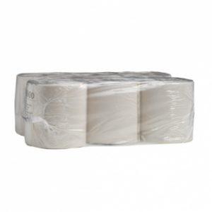 Упаковка рулонов бумаги в пленку.