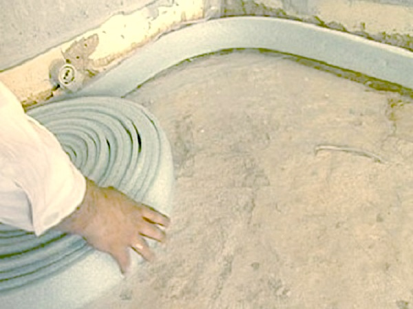 Как сделать демпферную ленту для стяжки