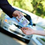 Кредит под залог авто — удобный способ взять деньги в долг.