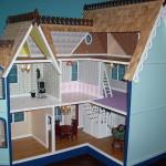 Кукольный домик — лучшая игрушка для девочки.