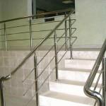Выбираем лестничные ограждения из стали.