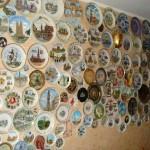 Сувенирные тарелки на стену — безупречный тандем изящества и красоты.