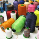 Универсальные швейные нитки: применение и характеристика.