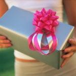 Оригинальные варианты подарков подруге на 8 марта