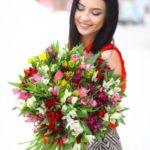 Эффектная доставка цветов от современной цветочной мастерской